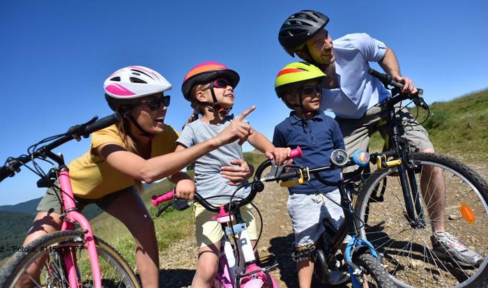 ClickVers-Urlaub-Fahrrad + E-Bike-Helmpflicht